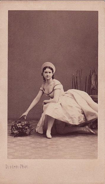 PETIPA Maria femme