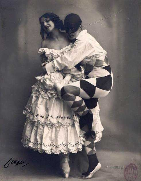 CARNAVAL Mikhail FOKINE et Vera FOKINA ( Arlequin et Colombine ).jpg