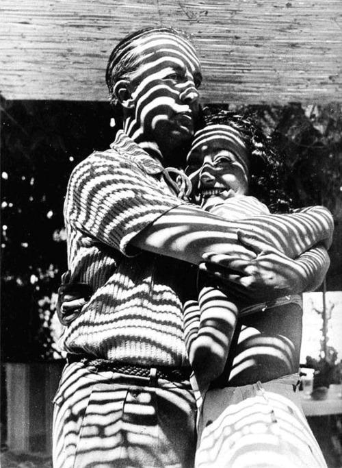 MAAR Eluard et Nusch 1937.jpg