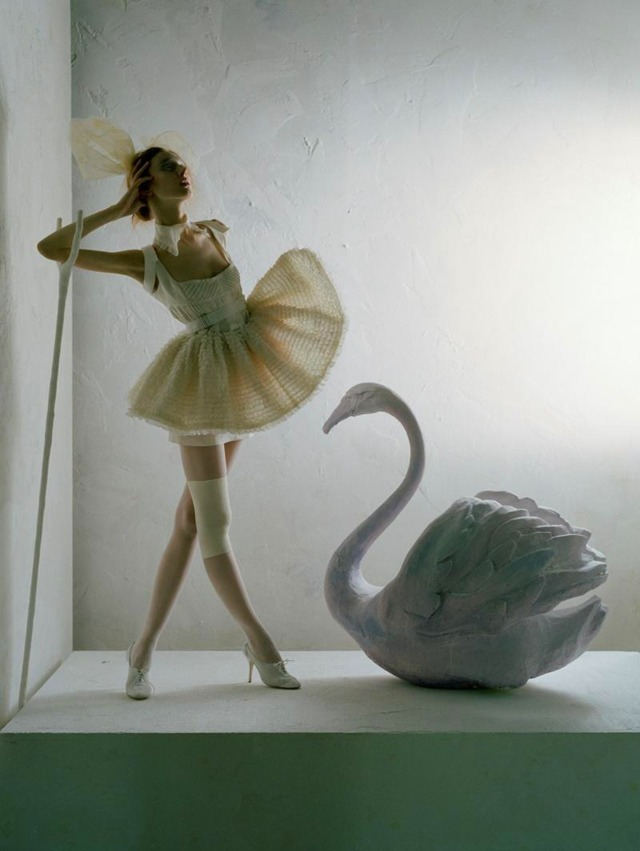 Tim WALKER Ballerina.jpg