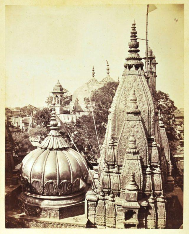 INDE William Baker  & John Burke  Bénarès Le Temple d'or ou Temple de Vishvanath..jpg