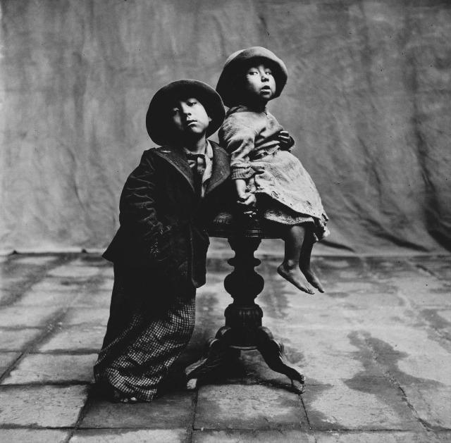 PENN Cuzco children 1948 Irving PENN