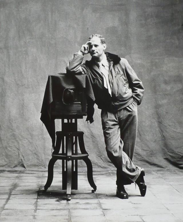 PENN Irving 1948 autoportrait photo