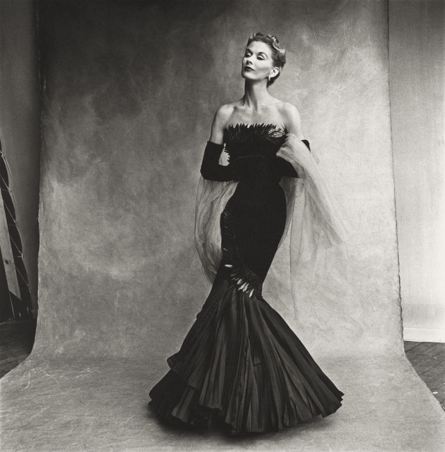 PENN lisa son épouse robe rochas 1950