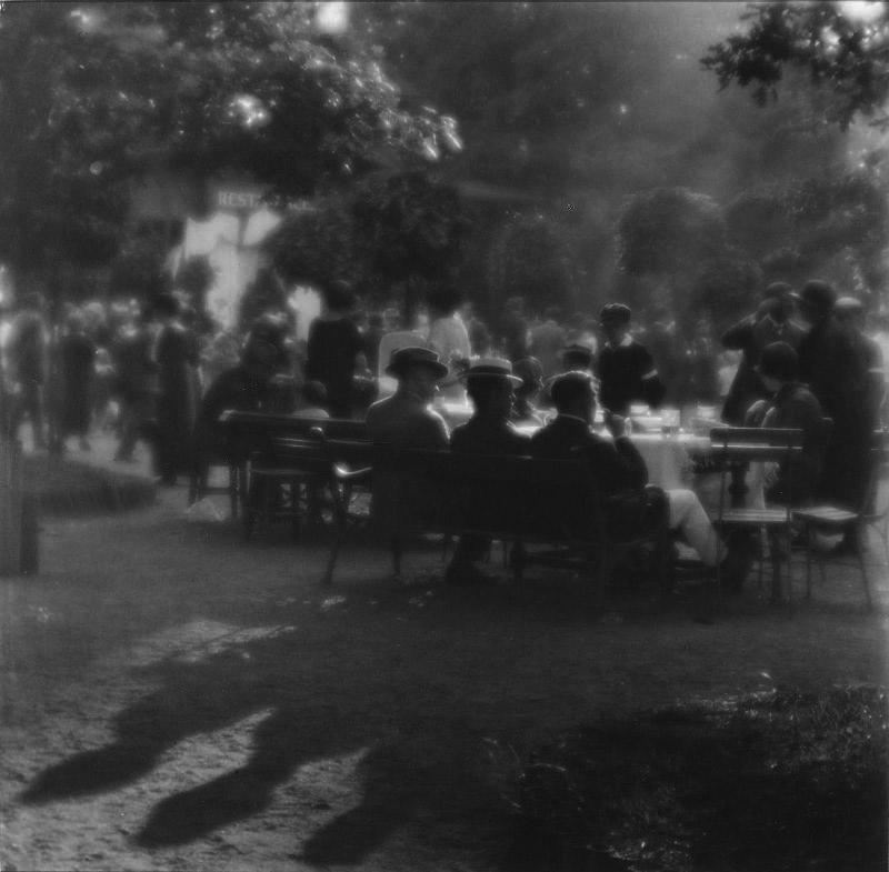 SUDEK Joseph un dimanche après midi 1924